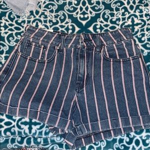 Brand new pacsun candy striped mom shorts